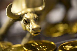 Van Eck tipuje nárast ceny zlata na 3.400 USD za uncu